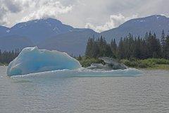 K332774-75 Shakes-Lake-Iceberg